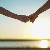 恋愛結婚したい!自然に好きな人と出会って結婚する方法とは