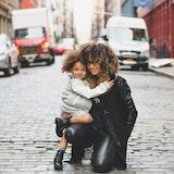 一人での育児は厳しかった…!シングルマザーになって後悔した体験談まとめ