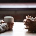 お見合い時の会話の進め方|初対面の挨拶から帰り際までの会話の流れまとめ